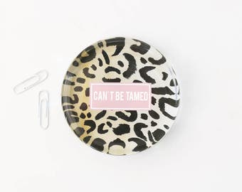 Animal Print Office Supplies Leopard Glass Paperweight Can't Be Tamed Girls Desk Accessories Custom Paperweight Graduation Gift New Job Gift