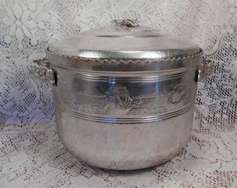 Intricate Vintage Hammered Aluminum Ice Buck Floral and Sailing Ships FORMAN