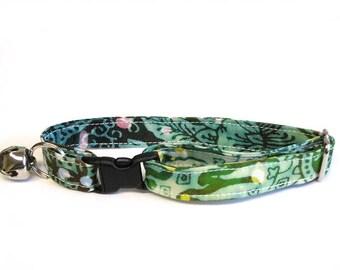 Tropical Patchwork adjustable breakaway cat collar (Bali-Batik fabric)