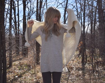 Chunky Knitted Shawl Scarf Wrap With Tassels / Cream Wool Knit Triangle Shawl / Cozy Fall Winter Fashion