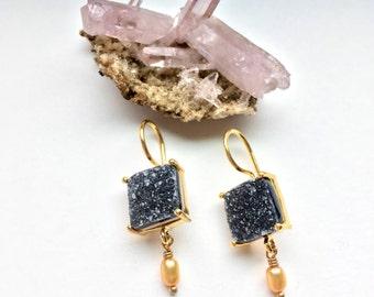 Druze-Druze- Charcoal Black Quartz Earrings-Dangle Earrings- with Pearl