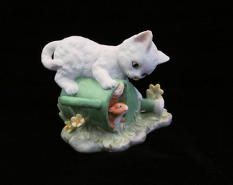 """Vintage Cat Figurine White Persian Ceramic Bisque Kitty Playing with Squirrel - Labeled """"Hide 'n' Seek""""  1992 MBI"""