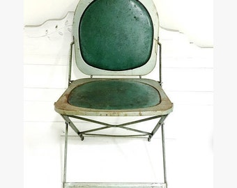 Vintage Metal Green Folding Chair Hostess Deco/ Midcentury Modern