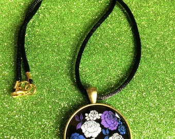 Antique Gold Colour Glass Tile Purple and White flower Round Pendant Necklace- approx 28mm Round-Gifts For Her-Gifts for women