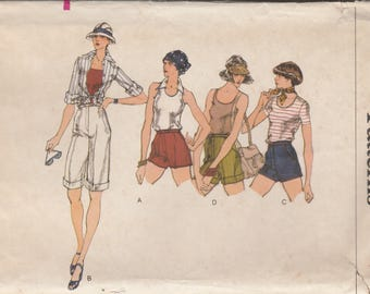 70s High Waisted Shorts Pattern Vogue 9487 Size 25
