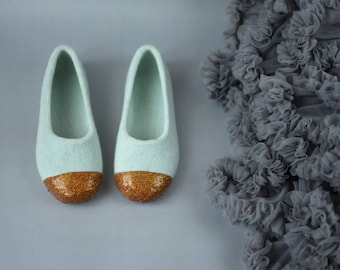 Felted slippers in mint and gold - Dusty green slippers fir girl -  Gold glitter decoration - Gift for her - Back to school gift