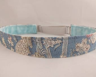 Adjustable non-slip Headband hairband made with vintage kimono silk - light blue floral design