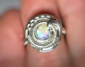 Wire Wrapped Opal Ring // Welo Opal // Ethiopian // Size 5 // Circular Ring // Elegant Jewelry // Fire Opal // Flow // Comfortable // Sexy