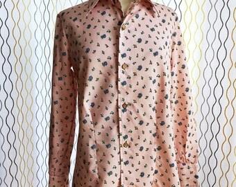 Vintage 70s pink floral shirt/ cotton office shirt/ blue flowers button down