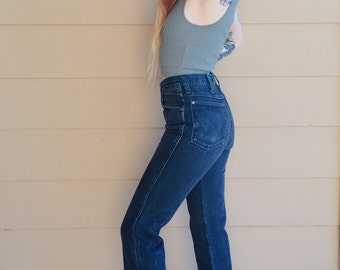 Wrangler Vintage Black and Teal Two Tone Denim High Waisted Cropped Kick Flare Jeans // Women's size 26 Small S