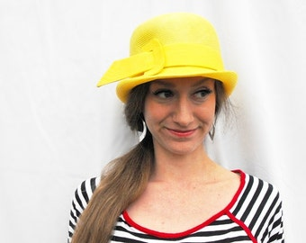 1960s Mod Sunny Yellow Gogo Bucket Hat Swinging London Lazarus Designer Space Age Twiggy Youthquaker Scooter Costume Millinery Buckle Bowler