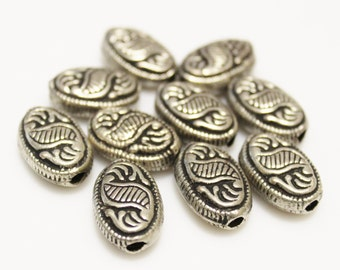 Oval Metal Beads from India 18x12 mm, Hollow Beads, Ethnic Jewelry Supplies (AG134)