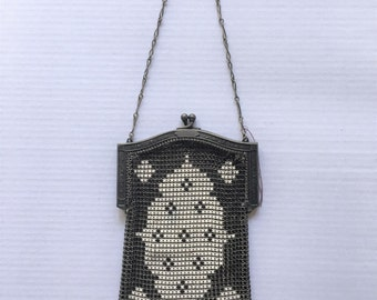 Vintage 1920s Whiting and Davis Art Deco Enamel Mesh Purse with metal frame chain handle | Geometric Deco Flapper Mesh Purse - ON VACATION