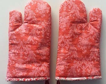 Oven Mitt Pair, Insulated Kitchen Ware, Cookware, Baking, Cooking, Chef, Wedding Gift Coral Acanthus