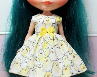 SALE...BLYTHE doll Its my party dress - yellow chicks