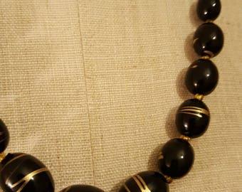 Vintage 1980s Black and Gold Splatter Necklace (3329)