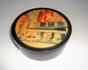 """Plastic Round Box Powder Box Vintage Vanity Storage """" The Plaza """" The Plaza Hotel Scene New York"""