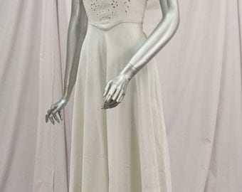 Early 1940's White Full Length Bias-Cut Formal Dress or Wedding Gown w/Floral Eyelet Open-Work Detailing on Bodice & Puff Sleeves!
