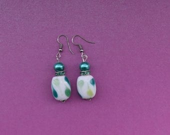 vivid green earrings, teal earrings, teal green earrings, handmade earrings, handmade gift, handmade jewellery, handmade jewelry, gift ideas