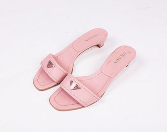 90's Prada Pink Kitten Heeled Sandals / Slides Size 37 1/2