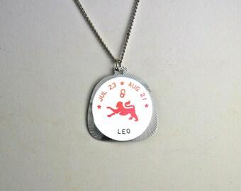Leo Horoscope Vintage Horoscope Necklace Horoscope 1960's Horoscope Pendant The Lion