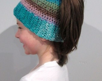 Kid's Ponytail Hat, Child's Messy Bun Beanie, Girl's Ponytail Bun Hat, Trendy Hat, Ready to Ship, Made in Canada