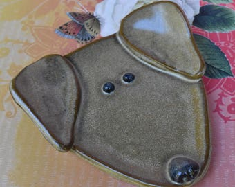 Dog spoon rest. Ceramic dog jewelry holder. Dog plate. Labrador dog dish. Dog ring holder. Lab dog spoon rest. Handmade small dog plate.