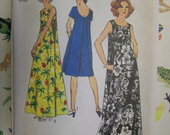 Vintage 1970s  Simplicity 6397 MUU-MUU Sewing Pattern sz 14 UNCUT