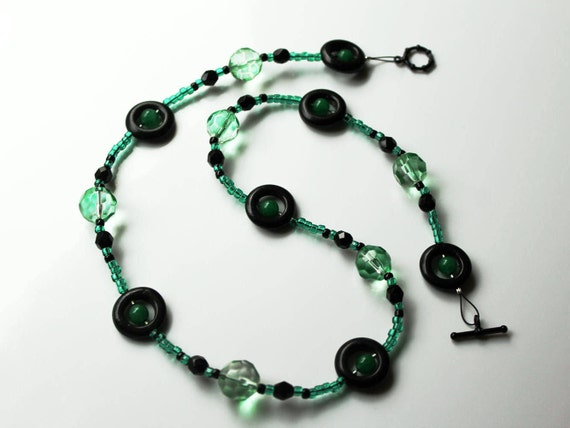 Green and Black Beaded Necklace, Short Green Necklace, Chunky Beads Necklace