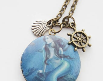 Mermaid Locket, Mermaid Necklace, Mermaid Locket Necklace, Mermaid Jewelry, Mermaid Gift, Gifts for Girls, Mermaids, Mermaid present, gifts
