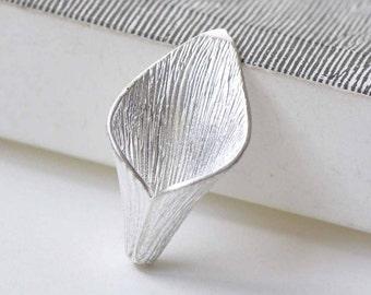 6 pcs Matte Silver Plated Brass Calla Lily Flower Bead Caps 15x26mm A8888