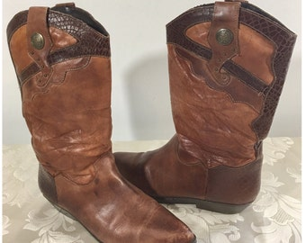 Leather Cowboy boots, Western boots, Size 8B boots, Stylish boots, Leather boots, Women's boots, Brown leather boots, Cowgirl boots