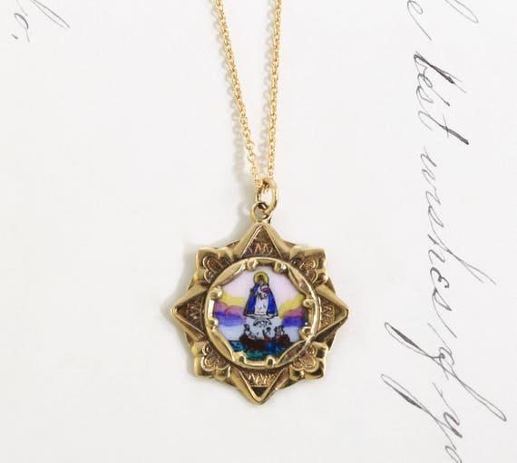 Dating antique enamel jewelry 9