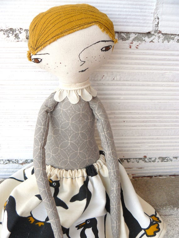 Big doll. 48 cm. Blonde hair from a vintage tapestry fabric.