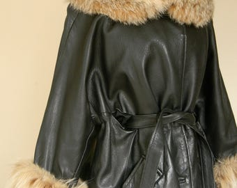 RESERVED Vintage Leather Coat w/Fox Fur Trim Leather 70s Coat Jacket Coat Fox Fur Large 70s Coat Jacket Wrap Style Coat Jacket