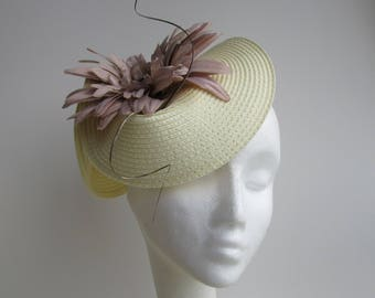 Cream fascinator, hatinator, fascinator, bespoke hats, hats, mother of the bride hats, accessories, royal ascot hats, mini hats