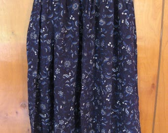 Girls Size 8 Navy Blue Rayon Floral Skirt, FREE SHIPPING