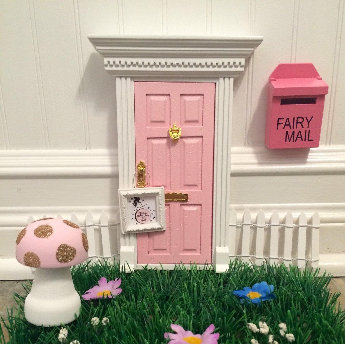 Enchanted pink fairy door with glitter for Pink fairy door