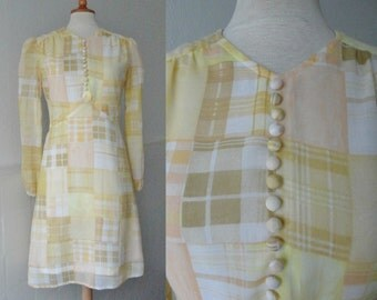 Beautiful 60s Vintage  Dress // Kaastrup Jersey // Pastel Pattern // Size 38