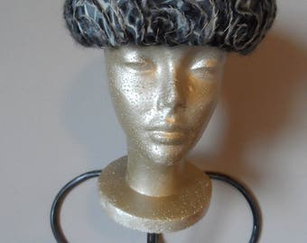 Vintage 1950's Black, Gray & Metallic Gold Wool Hat* EVELYN VARON Exclusive . Pillbox . Church . Special Event . Wedding. Party . Classic