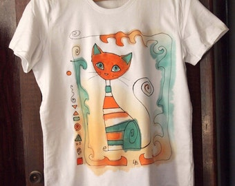 Hand painted T-shirt with cat. Painted by hand t shirt in orange, blue, green. Artistic t shirt. Unique art tshirt. Teen girl gift. Cat tee