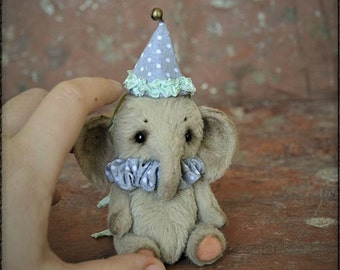 Artist Teddy Elephant - OOAK-Teddy Bear-Teddy Elephant Kamil 3.5 inches-Miniature-Mini Toy