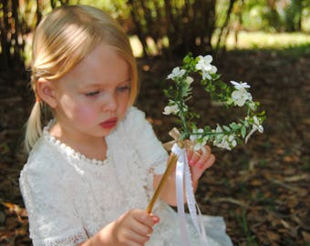 Flower Girl Heart Wand - Rustic Heart Wand - Greenery Wand - White Floral Wand - Wedding Wand - Ribbon Wand - Bridesmaids Wand