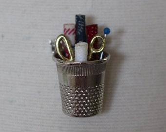 Vintage 1960's Handmade Silver Tone Thimble With Scissors Fabric Dressmaker Tailor Designer Seamstress Brooch Pin Gift Unmarked