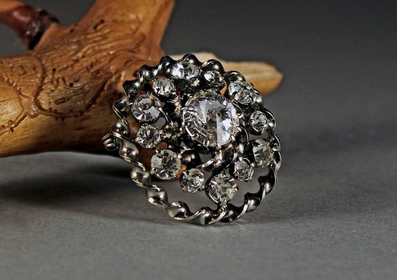 Clear Rhinestone Brooch, Rhinestone Pin, Prong Set Stones, Silver Tone, C-Clasp Closure, Dimensional, Round Statement Brooch