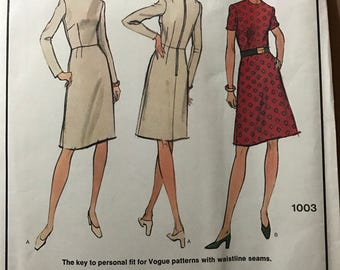 Vogue 1003 - 1970's Fitted Shell Dress with Waist Darts - Size 14 1/2 - Bust 37