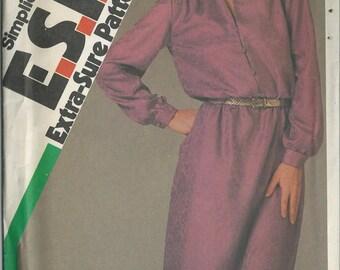 Vintage Sewing Pattern - Simplicity #6534, Misses' Size N (10-12-14)