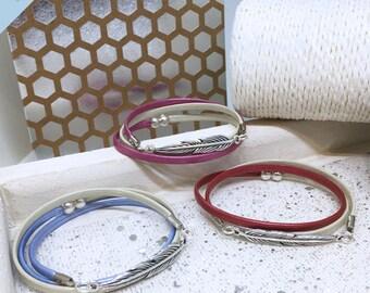 """Bracelet """"Feather"""" - 2 colors - model 2017"""
