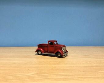 Vintage red truck miniature, retro collection,truck model,decorative collectible miniature,toy truck,dollhouse miniature