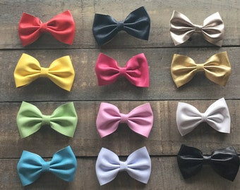 Boutique Vinyl Bow Clip | The Donna Bow